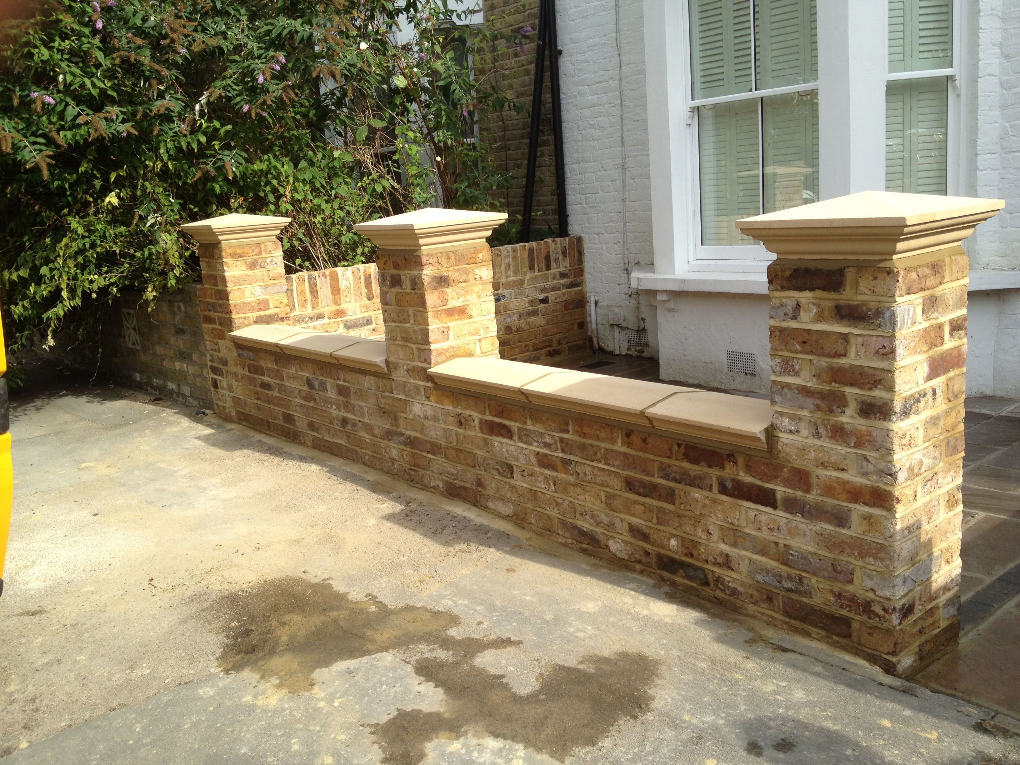 London builders ltd london construction company for Front garden brick wall ideas